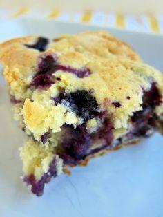 Lemon Blueberry Muffin Cake