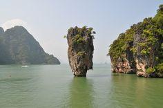 James Bond Island, Phang-Nga Bay, Phuket, Thailand.