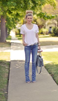 Jeans and a tshirt. Yes please!