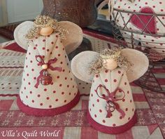 Ulla's Quilt World: Quilted angels... pincushions ?