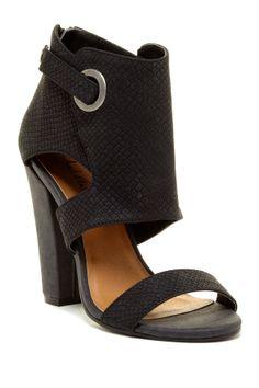 chunki heel