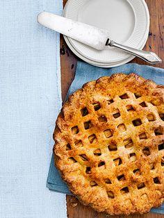 Cheddar Apple Pie