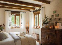 Dormitorio rústico de colores neutros (con decoración navideña) · ElMueble.com · Casas