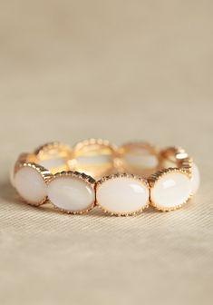 pretty pearl.