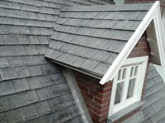 Miniature House: Roof of the house; making miniature roofslates