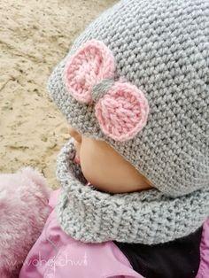 Gorro de lana con pequeña bufanda para las más mini-chic´s