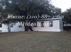 $46,900 http://mhdeals.net/gallery/bank-repo-homes-with-land-for-sale/Brownwood-TX-1999OC170132-V# Beautiful double wide home and land, 3 bedrooms 2 bathrooms on .29 acres. 1,368 square feet (18 x 76). The interior comes with ceiling fans, great looking new carpet, was recently remodeled, new vinyl flooring, and newly painted. LIC 36155 #76801 #brownwood #home #beautifulhome #landhome #greatdeal