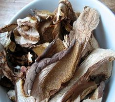 Mushroom Pie: 'Crostata di Funghi' itali recip, food, mushroom pie, italy, mushroom mania, lidia bastianich, lidia itali, piglet, mushrooms