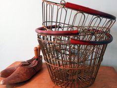 Vintage Round Wire Basket - Red Handle