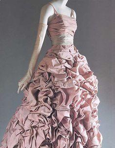 "The Metropolitan Museum of Art - ""Tourterelle""    Dior"