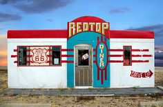 Red Top Diner on Route 66, Edgewood, New Mexico