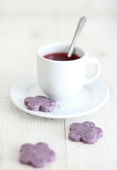 Hibiscus Tea and Poppy Seed Shortbread  sprinklebakes.com