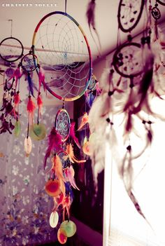 love color and feathers #dreamcatcher