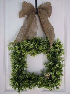All Year Wreath - Boxwood Burlap and Friend Wreath for Year Round Decorating