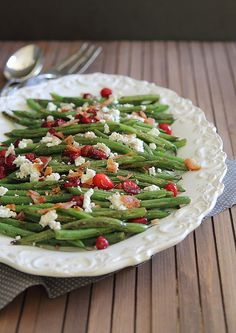 Green Beans with Cranberries, Goat Cheese and Bacon | runningtothekitchen.com