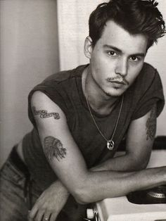 Johnny Depp-- young but so lovely... yummmmm