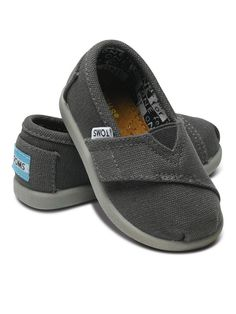 TOMS on zulily now! Special member deals!