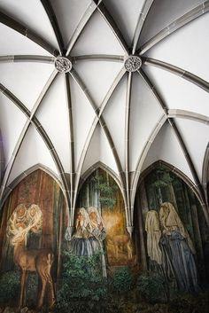 fraumunst mural