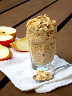 Applesauce overnight oatmeal recipe. Super easy, make it at night, grab and go in the morning! Please repin.