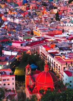 San Miguel de Allende, Mexico >> Look at the all the beautiful colors!