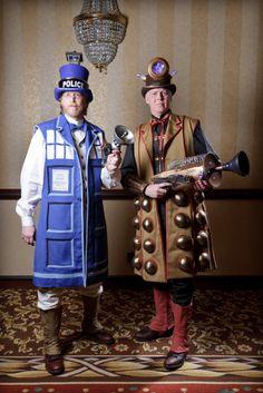 CONvergence 2011 - Steampunk Tardis and Dalek