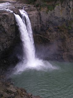 Snoqualmie Falls, east of Seattle WA
