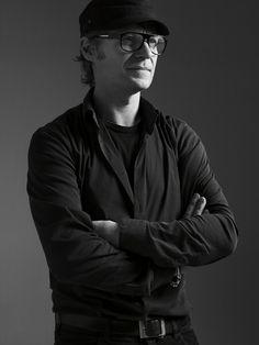 Mikael Jansson http://www.vogue.fr/culture/a-voir/diaporama/les-photographes-de-l-exposition-papier-glace-au-palais-galliera/17636/image/956930#!mikael-jansson