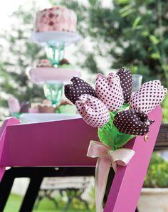 Buquê de flores de tecido