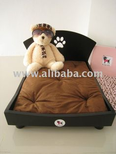 dog bed - I don;t have a dog but this is so cute!