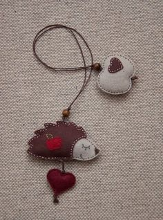 bookmarks, craft, gift, hedgehogs, apples, appl felt, felt bookmark, diy, cat toys
