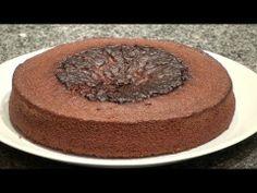 Bizcocho rápido de Chocolate, preparalo para distintas festividades, como base para la mona de pascua