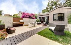 Evan Williams, Twitter Cofounder, Lists Surprisingly Tasteful House On The Market (PHOTOS)