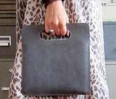 {Leather iPad Case} very classy.