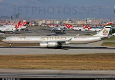 Airbus A340-642X A6-EHE 829 Istanbul Ataturk/Yesilkoy Int'l Airport - LTBA