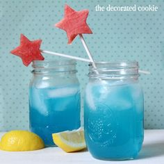 blue lemonade, without or without booze, for the 4th of July #4thofjuly #lemonade #summer