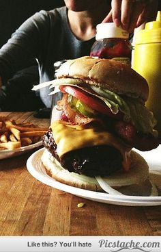 15 New York Food Staples You Must Try Before You Die via www.BrainWreck.com   #NewYork #NYC #Dining #Food #Staples #CentralParkHotel #PLHotelNY #Delicious