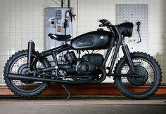 bmw r602, mad max, bike, old school, steve mcqueen