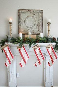 Lee Caroline - A World of Inspiration: Christmas Mantelpiece Decorations