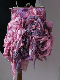 http://cs1.livemaster.ru/foto/large/7ba10905931-sumki-aksessuary-sumochka-de-pompadour-n5406.jpg textil bag, fabul purs, felt work