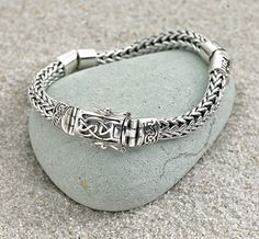 Dragon-weave Bracelet with Celtic Clasp. Designed by Keith Jack.