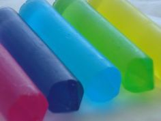 Art Homemade bath crayons- just 1 of the hundreds of great ideas on this family website A Magical Childhood kid-stuff