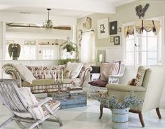 Beach Style Decorating Ideas | Ruffled clam shells are wonderful, here's a great idea!