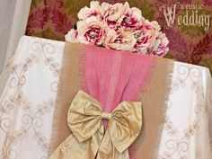 Two-Tone Burlap Table Runner Tutorial | Sew4Home