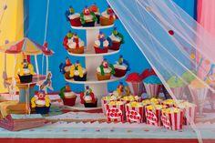 Festa Circo, os palhaços nos cupcakes estão lindos !