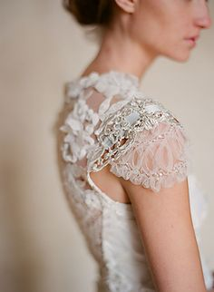 Claire Pettibone - Couture Bridal l Wedding Dresses, Bridal Gowns, Fashion Designer, Veils, Accessories