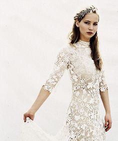 Katniss.....in her catching fire wedding dress?!?!?