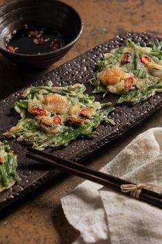 Korean food - mixed seafood pan cake