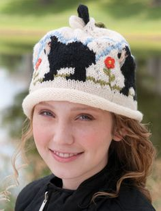 bears-and-blooms-hat