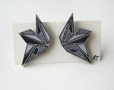 monochrom earring, stud earrings