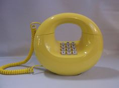 Yellow Donut Phone ,retro mid century modern Western Electric Sculptura.epsteam